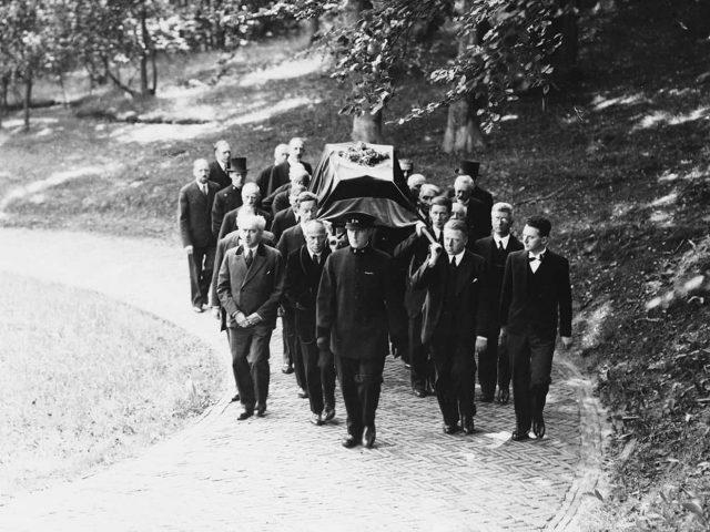 westerveld-begraafplaats-crematorium-Berlage