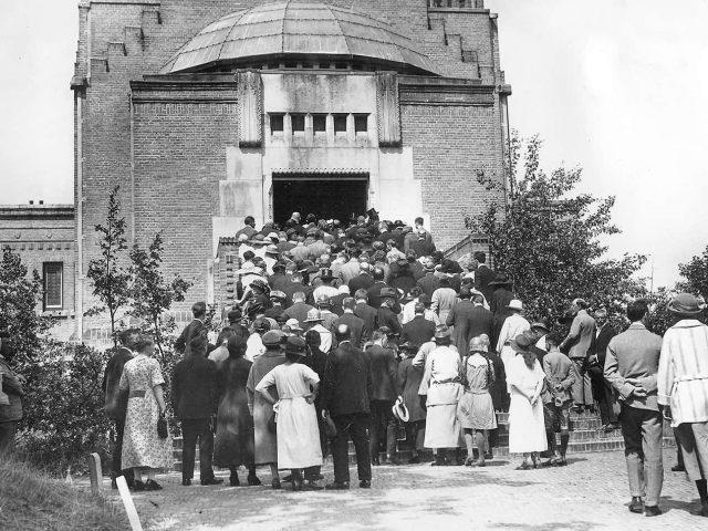 westerveld-begraafplaats-crematorium- LC 008 - met bronvermelding letterkundig museum