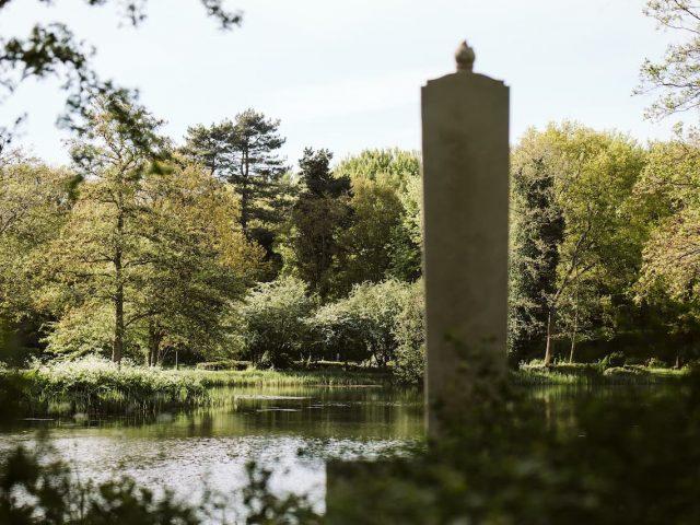 westerveld-begraafplaats-crematorium-uitzicht-over-beeld